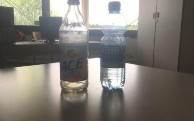 Schiller-Blog: Glasflaschen statt Plastikflaschen am Schiller-Gymnasium