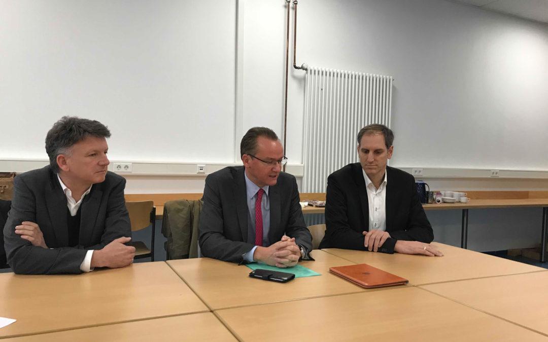Kooperationsvertrag des Schiller-Gymnasiums mit der Landesanstalt für Kommunikation