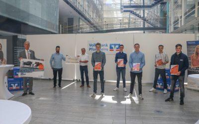 Schüler des Schiller-Gymnasiums gewinnen beim bundesweiten Börsenspiel