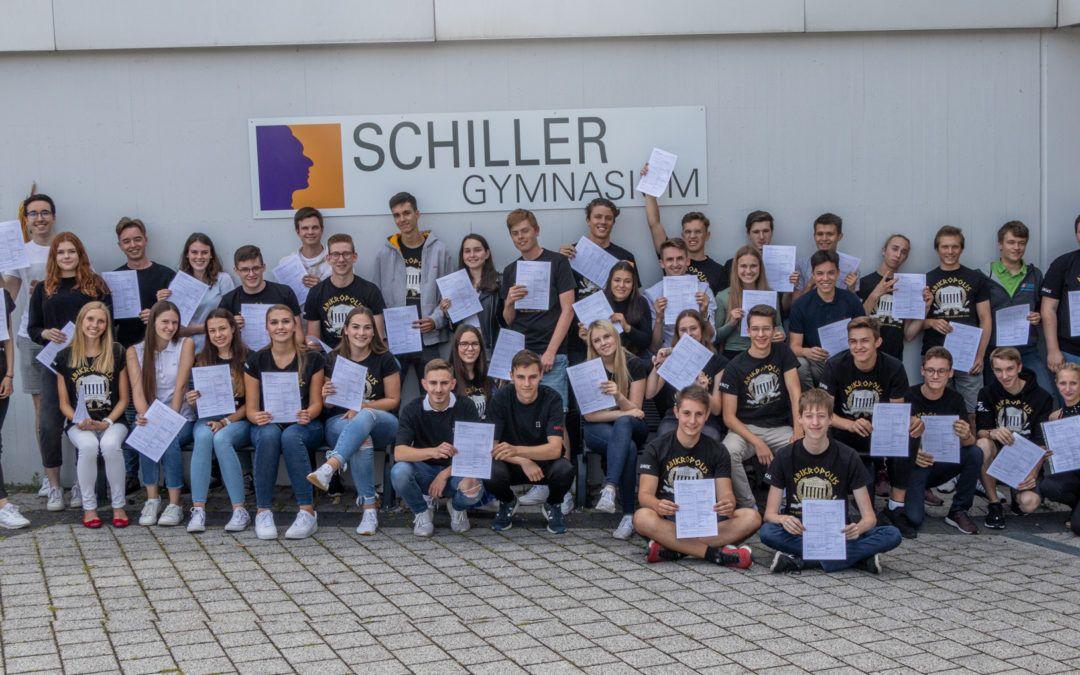 Unseren Abiturientinnen und Abiturienten einen herzlichen Glückwunsch zum bestandenen Abitur