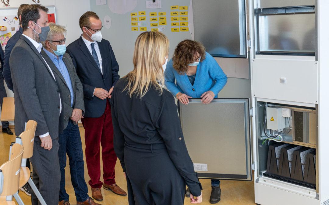 Einsatz mobiler Luftfilteranlagen im Schiller-Gymnasium