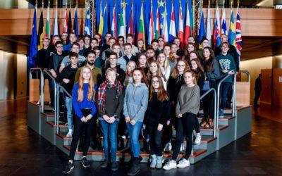 """""""Politikunterricht findet nicht nur im Unterricht statt!"""" — Besuch des EU-Parlaments"""